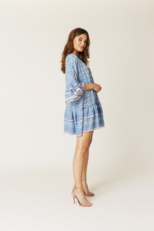 818268c135c55 Product thumbnail of Kyla dress Product thumbnail of Kyla dress