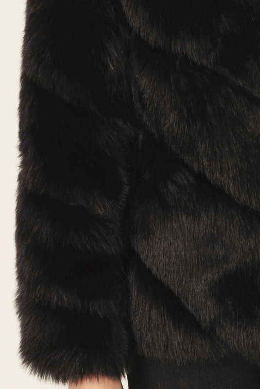 Product Thumbnail of Oria faux fur jacket