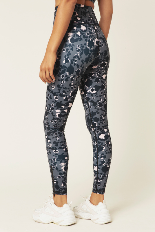 Product Thumbnail of Training tights