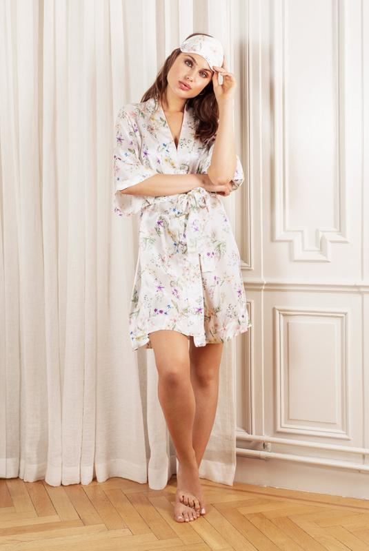 Product Thumbnail of Emma robe