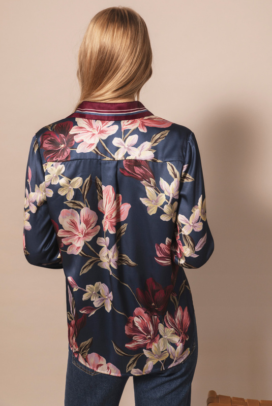 Product Thumbnail of Rene shirt