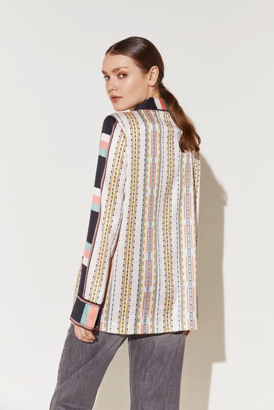 Product Thumbnail of Luna shirt