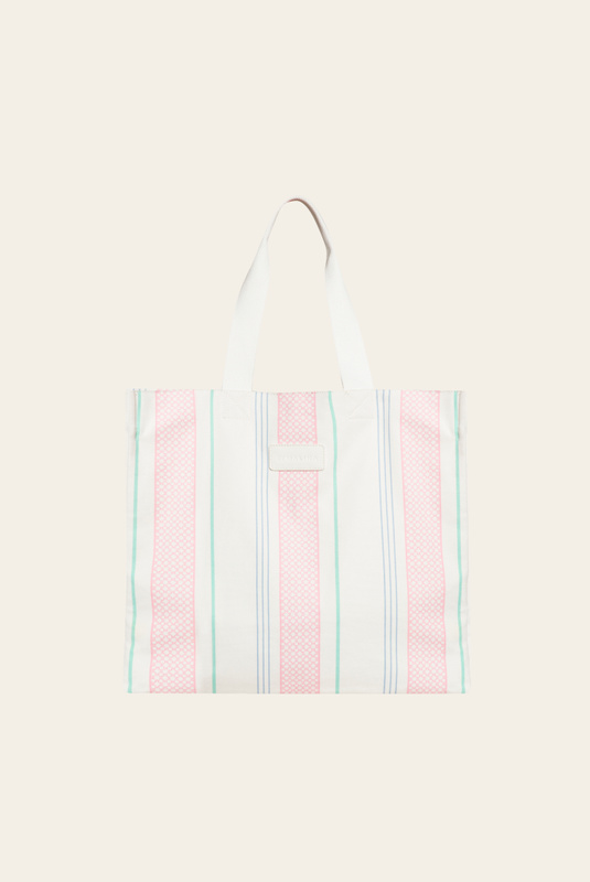 Product Thumbnail of Iconic tote bag