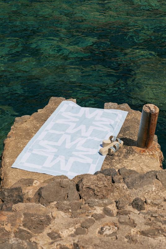 Product Thumbnail of Capri beach towel