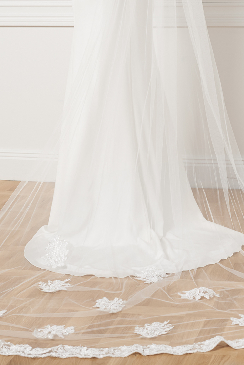 Product image Cathedral Veil With Appliques