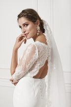 Product image Cathedral Veil With Scalloped Edge
