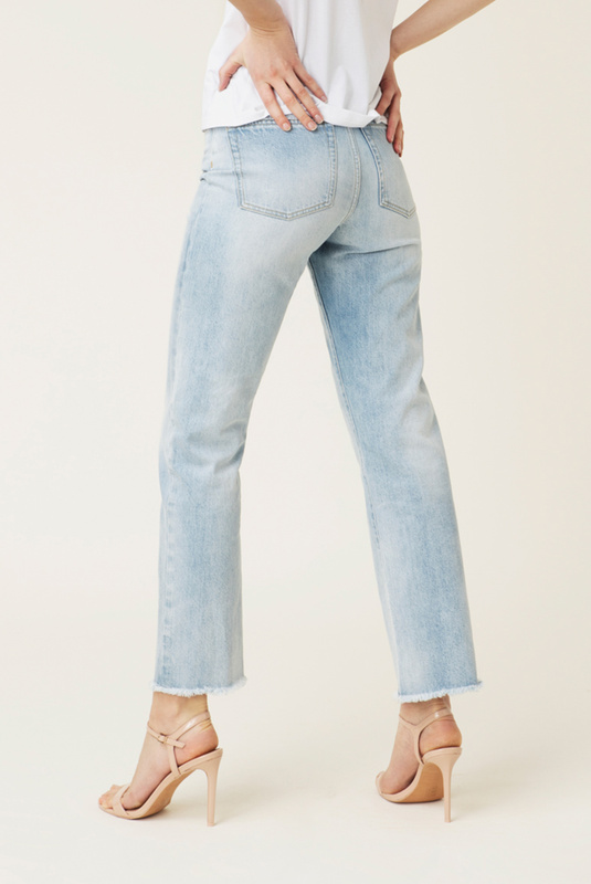 Product Thumbnail of Alexa jeans