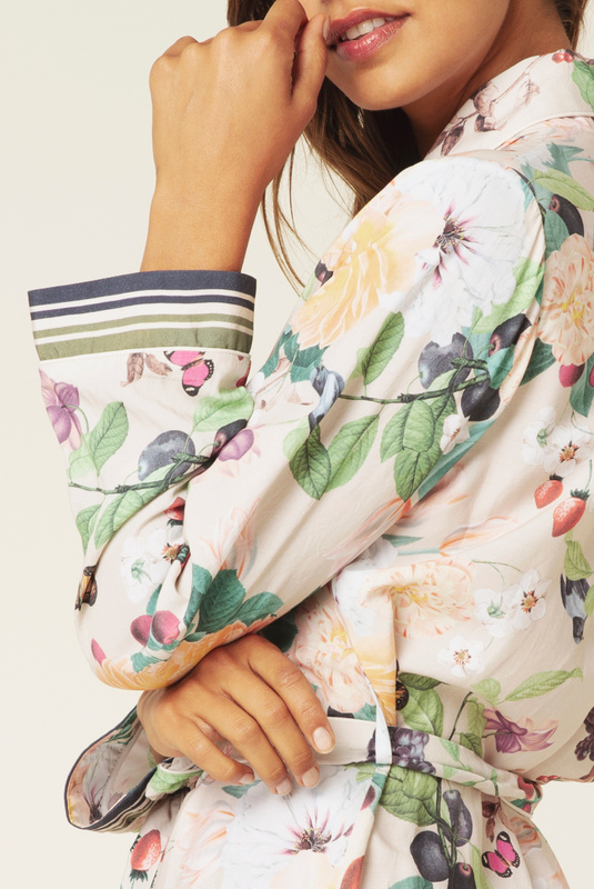 Product Thumbnail of Blake robe